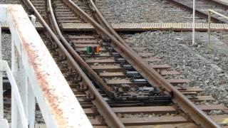 (超廃ビネタ)特急列車入線の為のポイント切り替えシーン thumbnail
