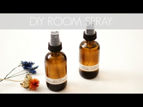 diy-essential-oil-room-sprays-||-katie-bookser