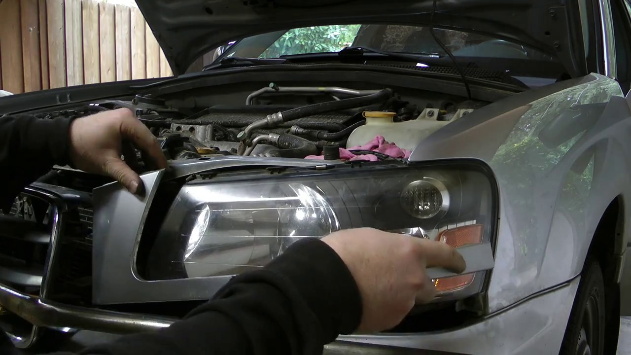 Removal And Install Of Headlight For 2005 Subaru Forester