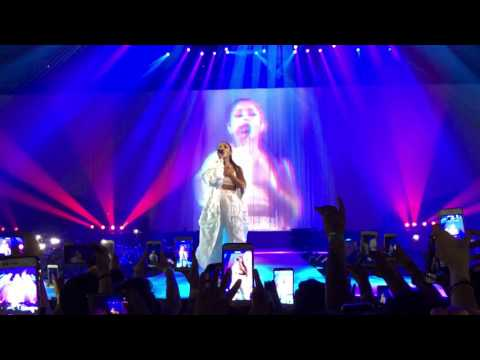 ARIANA GRANDE | One Last Time [Live at Barcelona Dangerous Woman World Tour 2017]