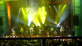 Belle and Sebastian - Step Into My Office Baby (Live at Astor Theatre, Perth, March 19 2011)