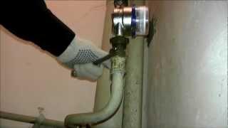 Заменить трубы в санузле и ванной(Заменить старые стальные трубы в стандартном санузле. Скрытая разводка труб http://nitrocom.ru/pipes/layout Демонтаж..., 2013-02-03T02:39:24.000Z)
