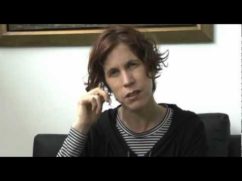 Entrevista a la escritora nona fern ndez 33 feria del - La nona porta libro ...