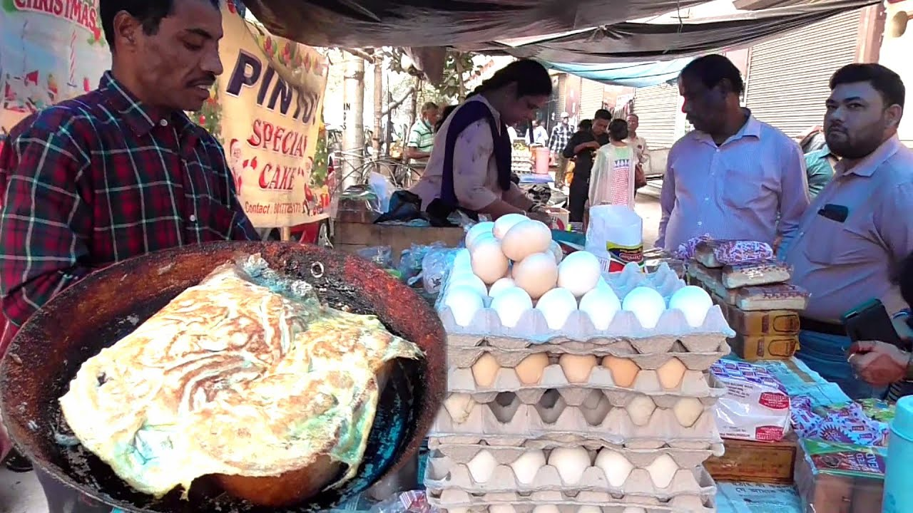 Pintu Bhai Ka Street Dokan   All Egg Toast Finished within an Hour   Price @ 15 Rs Each