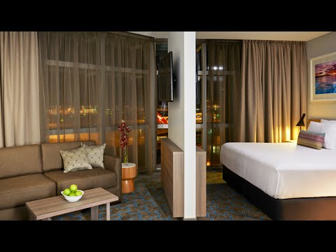 Deluxe King Suite | Rydges Sydney Airport Hotel
