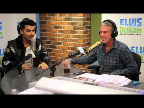 """DNCE Interview: Talks """"Swaay"""" & Playing Live in Concert 