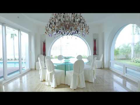 Elegant Oceanfront Beach House in Panama City, Panama