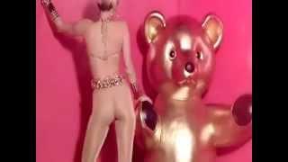 Miley Cyrus - #GETITRIGHT (Music Video)