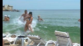 Цунами в Одессе (Совиньон)(Черноморка, береговые комплексы Совиньона и пляжи Ильичевска пострадали в результате цунами, обрушившегос..., 2014-06-28T14:12:40.000Z)