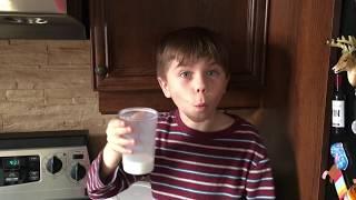 Voilà comment je bois mon lait !