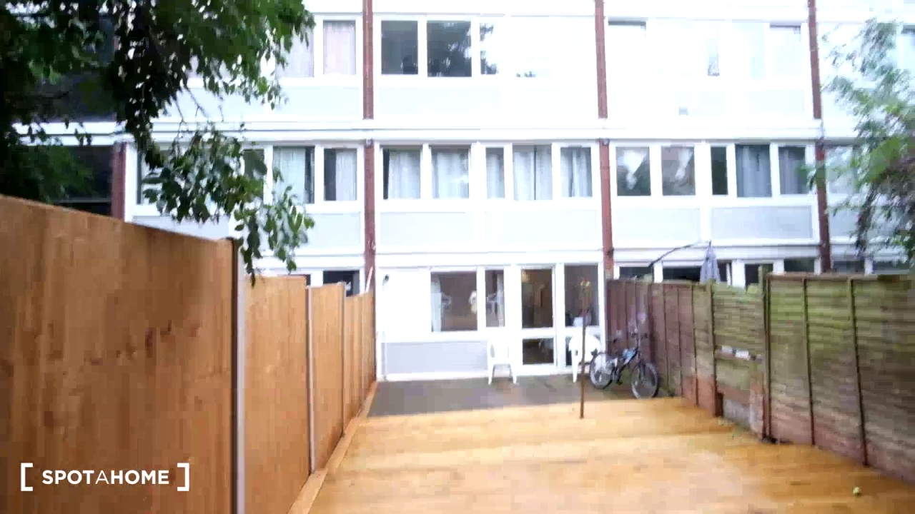 College Rooms For Rent London