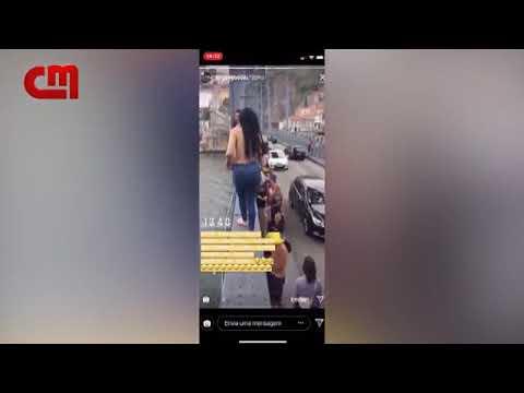 Una joven se lanza al río Duero totalmente desnuda desde un puente