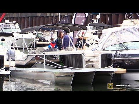 2017 Sun Catcher V322 SS Pontoon - Walkaround - 2017 Montreal In Water Boat Show