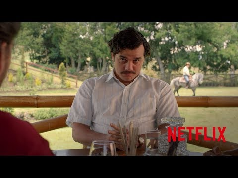 Concurso de paellas: Falla de Medellín vs Falla de Cali | Narcos (Netflix)