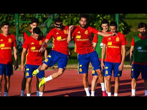 Holders Spain Train Ahead Of Euro 2016 Opener Against Czech Republic