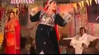 Attan Dai Gada Da Da Pighlo Shor Mashor De ~ NaghMa New Pashto Song ~ 2012