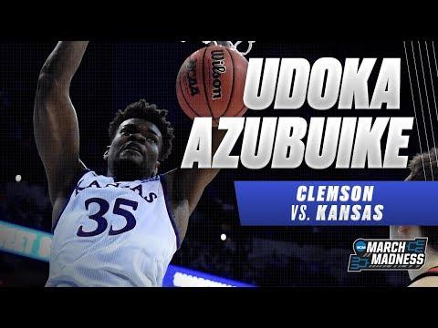 Kansas' Udoka Azubuike posts a double-double in the Jayhawks Sweet 16 victory