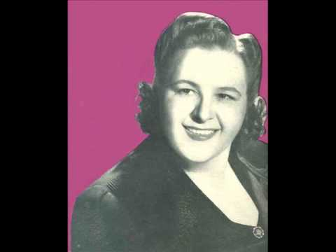 Kate Smith: Seems Like Old Times  (with lyrics)