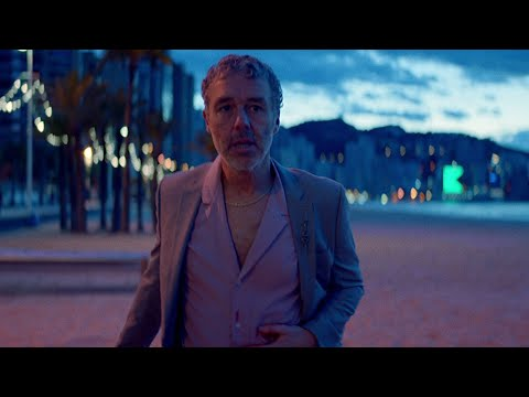 Baxter Dury - I'm Not Your Dog (Official Music Video)