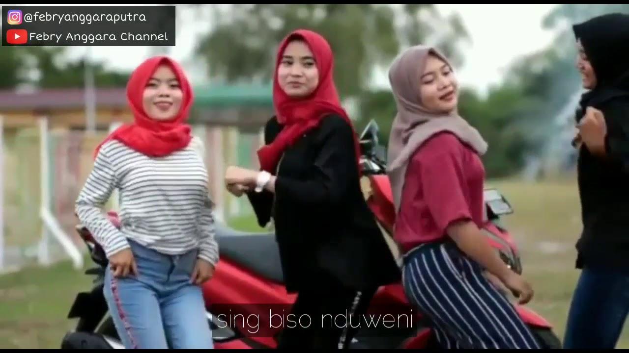 Video Status Whatsapp Terbaru Hot Bisone Mung Nyawang Story
