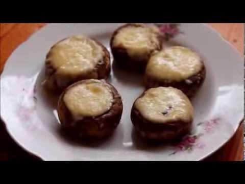 Салат из курицы с ананасами и грибами рецепт с фото
