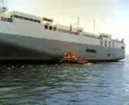is berths a ship in terminal ro-ro