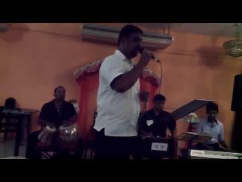 Madu mala lesa - NOW singing Aziz Mohammed (Sri Lanka) ...
