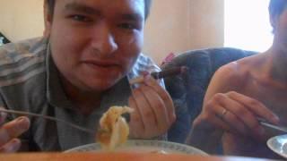 я с жекой мы курим HAVATAMRU и едим яйца с колбасой жаренные