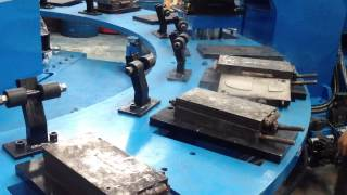 Two colors injection machine
