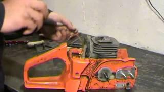видео Как снять звездочку с бензопилы - пошаговый процесс замены детали
