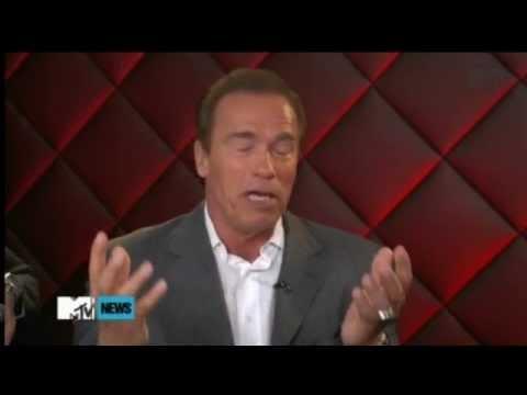 Arnold Schwarzenegger REVEALS Terminator Genisys!