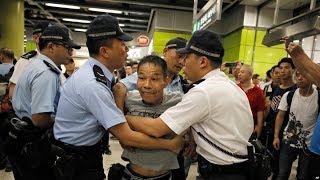 """时事大家谈:北京警告""""触碰底线"""",香港局势陷入""""恶性循环""""?"""