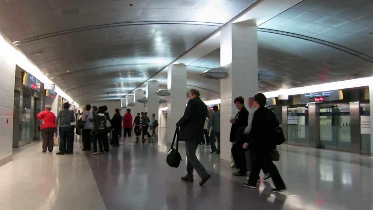 Las Vegas Mccarran Airport D Gates To Tram Youtube
