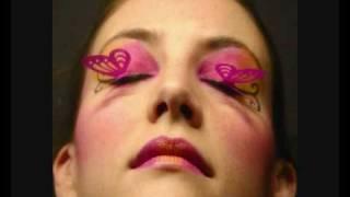 """""""sleeps with butterflies"""" - concorso verdesirena84 *semi-winner*"""