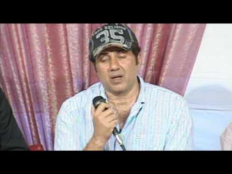 Sunny Sues Radio Big 92.7 FM for 200 Crores