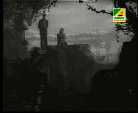 Gaane Mor Kon Indradhanu by Sandhya Mukherjee on Amazon Music