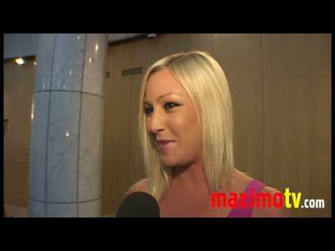 Lindsay Axelsson  at