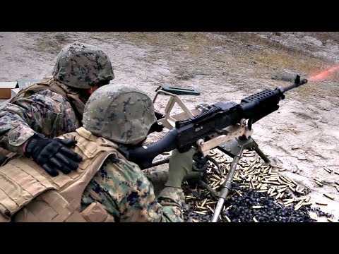U.S. Marines Fire M240G Machine Gun