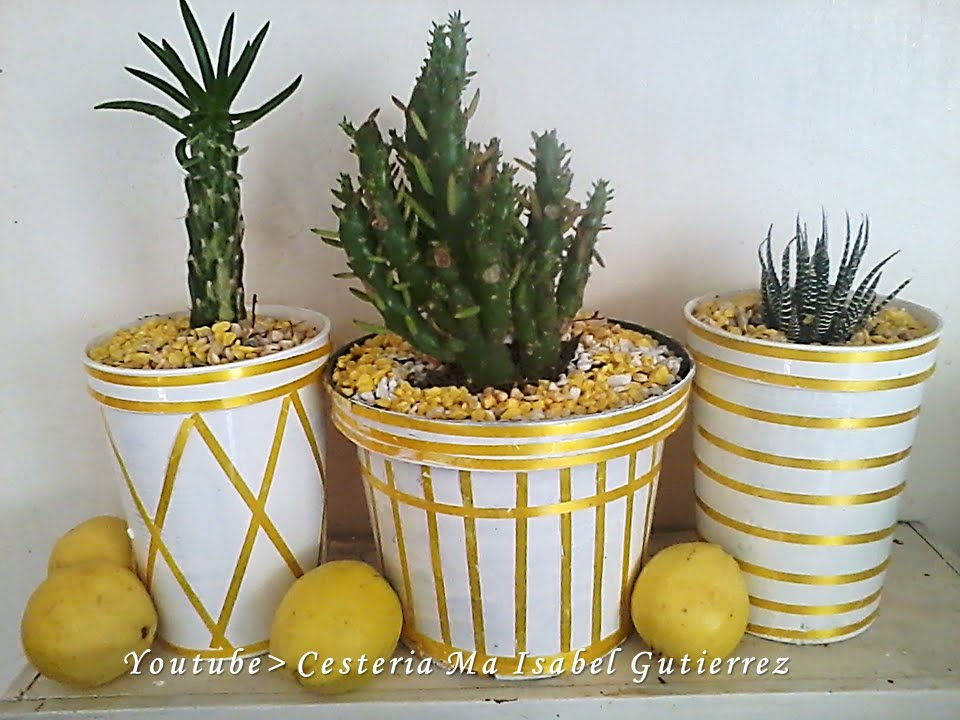 como hacer macetas de botes de yogur. diy how to make pots with