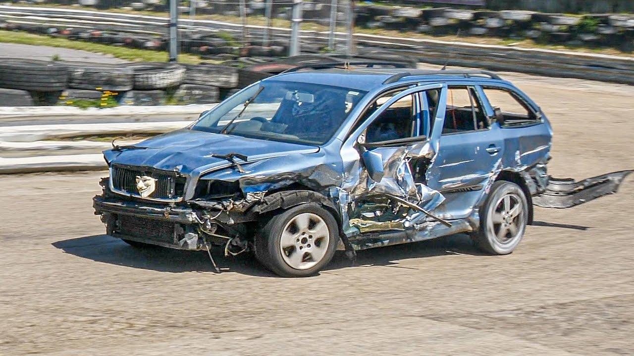Banger Racing Demolition Derby Angmering Raceway