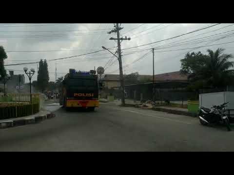 Jalanan Kota Tanjungbalai Dibombardir Water Canon Polisi Youtube