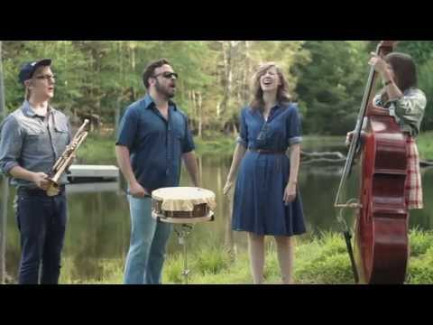 """Garden Sessions: Lake Street Dive - """"Look At What Mistake"""" - Radio Woodstock 100.1 - 6/21/14"""