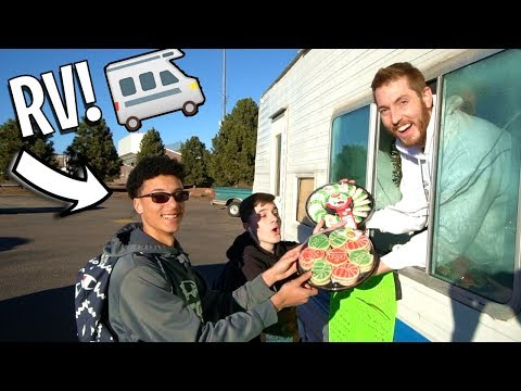 RV CHRISTMAS COOKIE TRUCK POP UP SHOP