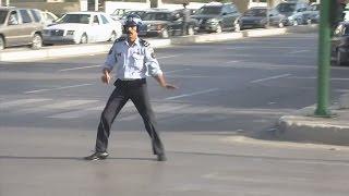شرطي مرور أردني VS شرطي مرور مكسيكي