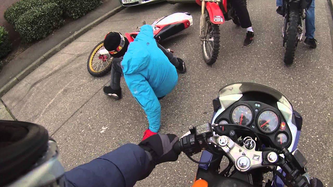UK police terrorised by dirt bikes (go pro) - YouTube