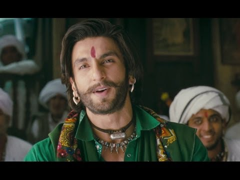 Ranveer the big time flirt | Goliyon Ki Rasleela Ram-leela