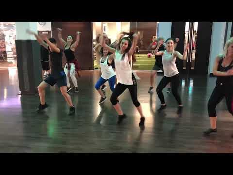 "Hrag ""Duxov"" Zumba- Dance With Mari"