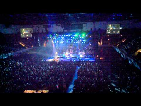 Elton John - Rocket Man (I Think It's Going To Be A Long, Long Time) - Asheville Civic Center