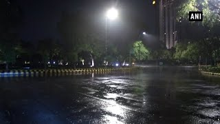 Rain continues to lash parts of Delhi, IMD predicts cloudy sky & moderate rain