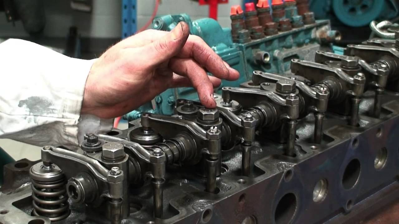 medium resolution of cylinder head installation